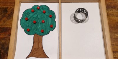 Aktionstablett: Frau Holles Apfelbäumchen